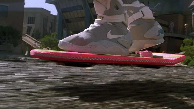 Future plains - Back To The Future Hoverboard